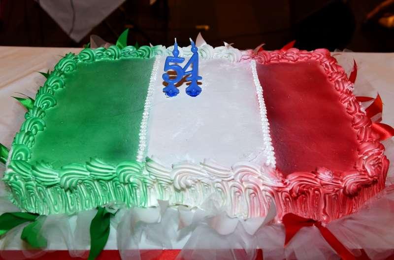 Torta Tricolore Per Andrea Meschini Dago Fotogallery