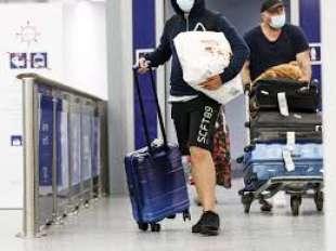 turisti aeroporto