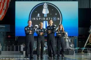 equipaggio spacex falcon 9 2