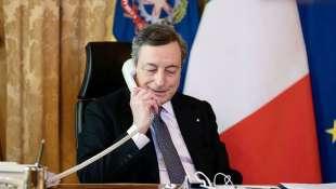 MARIO DRAGHI AL TELEFONO