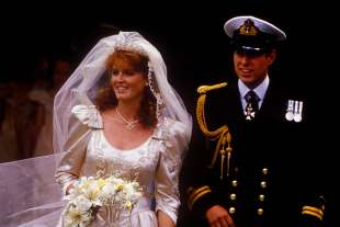 Matrimonio tra il principe Andrew e Sarah ferguson
