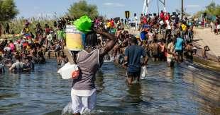 stati uniti migranti haitiani in texas 4