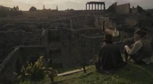 IL GIOVANE FAVOLOSO - Il giovane Favoloso, regia di Mario Martone, 2014 - Pompei in una scena del film
