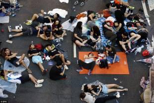 occupy central continuano le proteste di hong kong 5