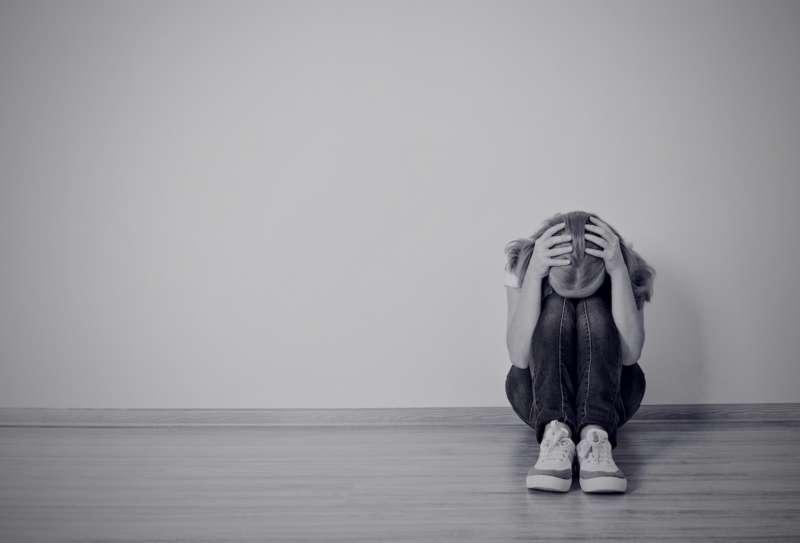 ragazzina depressa 4