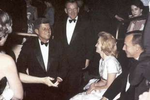 angie dickinson e jfk