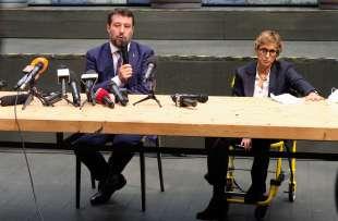 giulia bongiorno matteo salvini conferenza stampa dopo l'udienza sul caso gregoretti 1