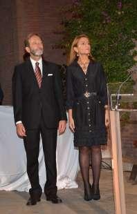 l ambasciatore viktor elbling con la moglie nuria sanz foto di bacco