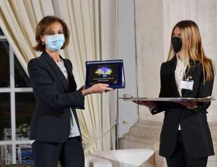 la ministra marta cartabia ritira il premio atena foto di bacco (1)