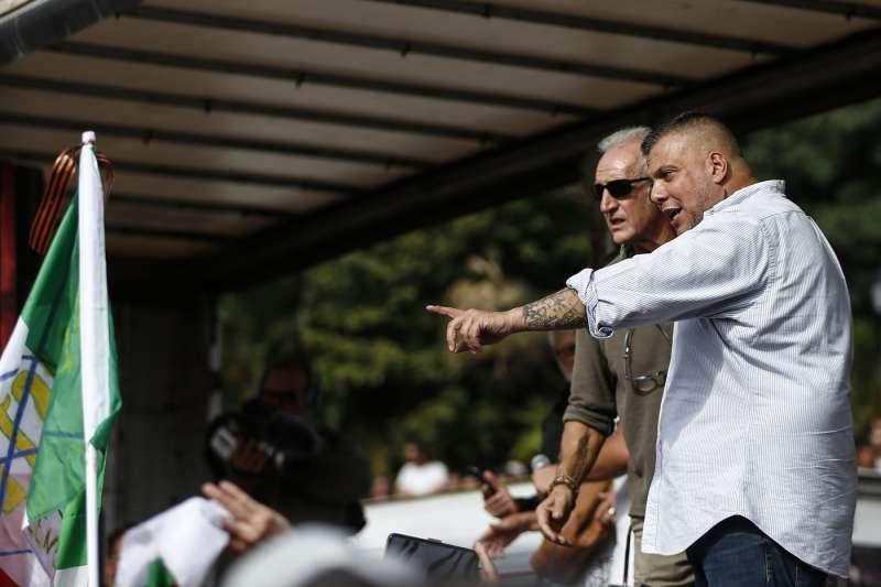 manifestazione no green pass a roma 76