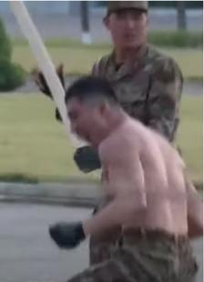 soldati nord corea