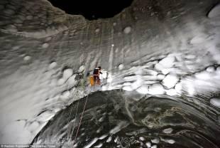 cratere misterioso in siberia 8