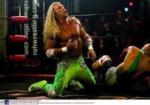 mickey rourke, 2350720000000578 2853452 life imitating art in 2008 he starred in the wrestler about a wa 8 1417211420857