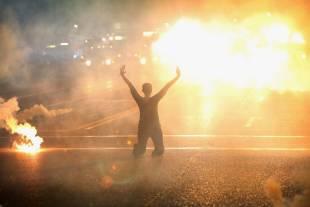 scontri e proteste a ferguson 4