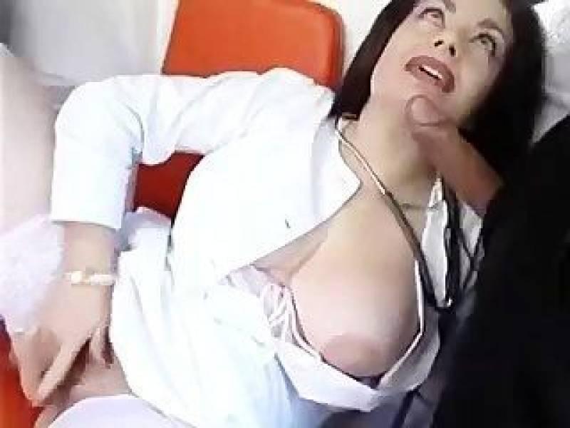 orgazm-dzhessiki-rizzo