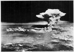 BOMBA ATOMICA A HIROSHIMA