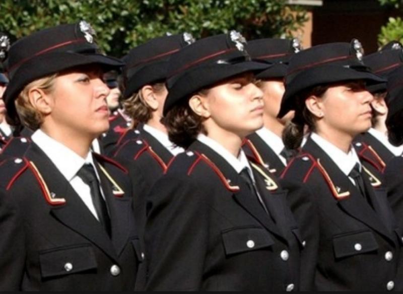 Carabinieri donne - Dago fotogallery