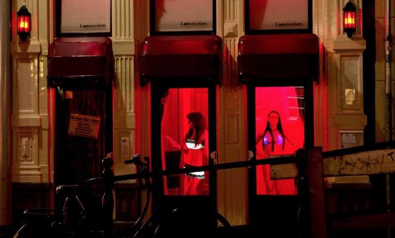 prostitute ad amsterdam 2