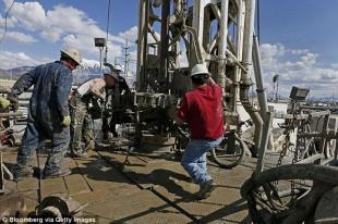 Il declino dell America industriale spazza via esempi maschili