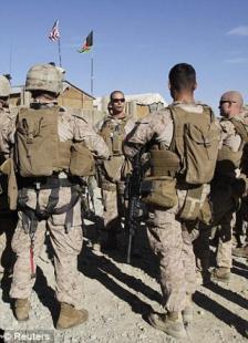 La mancanza di competenza militare secondo lei sta causando disastri