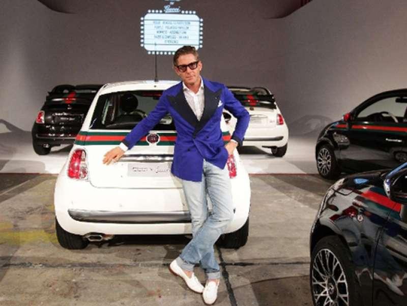 Lapo elkann 500 dago fotogallery for Fiat 500 karmasutra