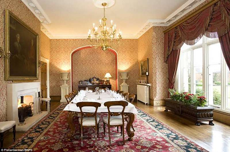 Sala da pranzo villa godiva dago fotogallery - Foto sala da pranzo ...