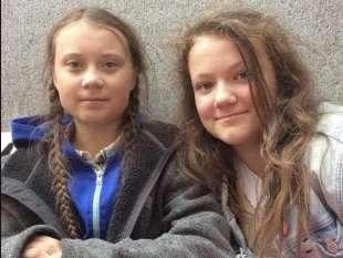 greta thunberg con la sorella beata mona lisa