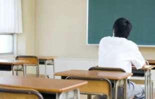 alunno solo a scuola 2