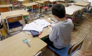 alunno solo a scuola 3