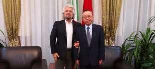 Grillo con ambasciatore cinese in Italia Li Junhua