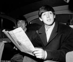 john lennon e paul mccartney nel 1963