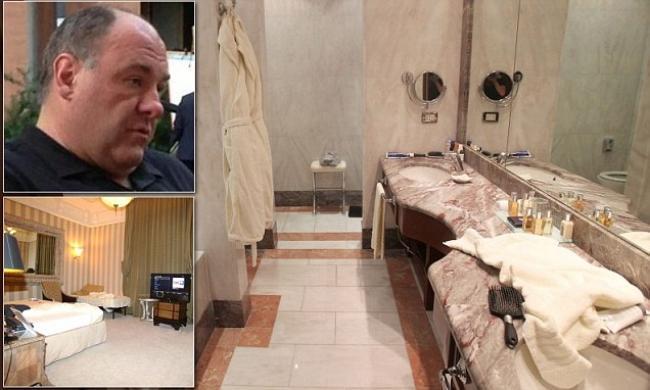 Le foto della stanza dove gandolfini e morto il cuore for Grande disposizione della stanza